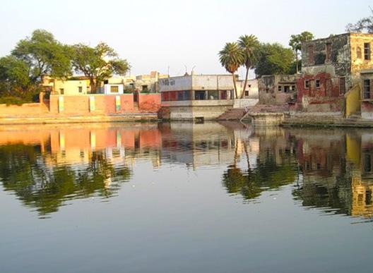 Радха кунда